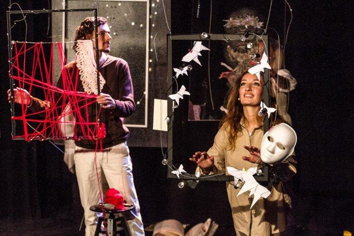 «Со мной случился человек». На неделе русского театра в Мадриде представили спектакль «Бабушка»
